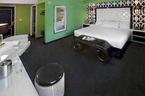 El Cortez Hotel and Casino image 8