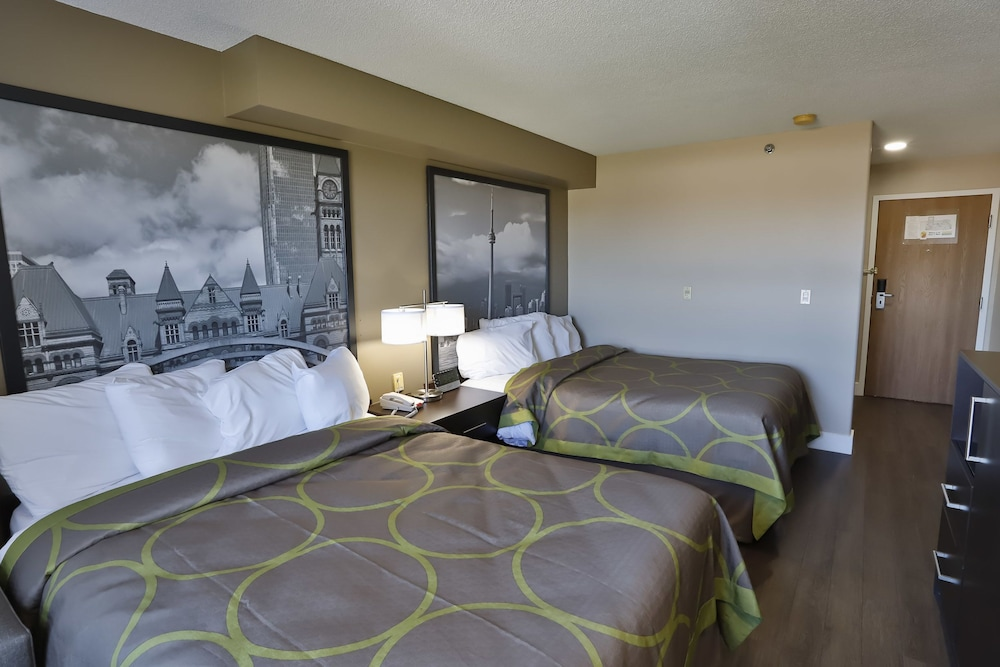 Room : Standard Room, 2 Queen Beds 5 of 70