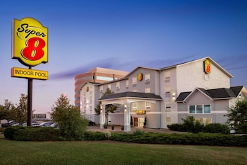 Hotel - Super 8 by Wyndham Ajax/Toronto On