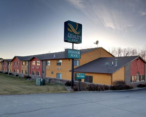Quality Inn, Warren