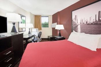 Room, 1 Queen Bed, Microwave