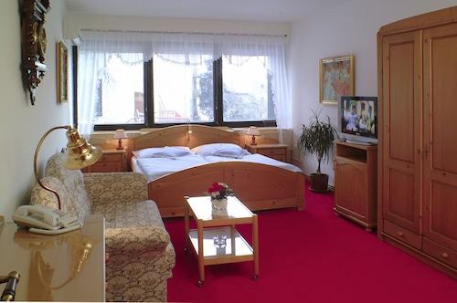 Hotel No. 16, Bratislava I