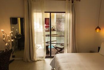 Deluxe Tek Büyük Yataklı Oda, 1 En Büyük (king) Boy Yatak, Havuz Manzaralı