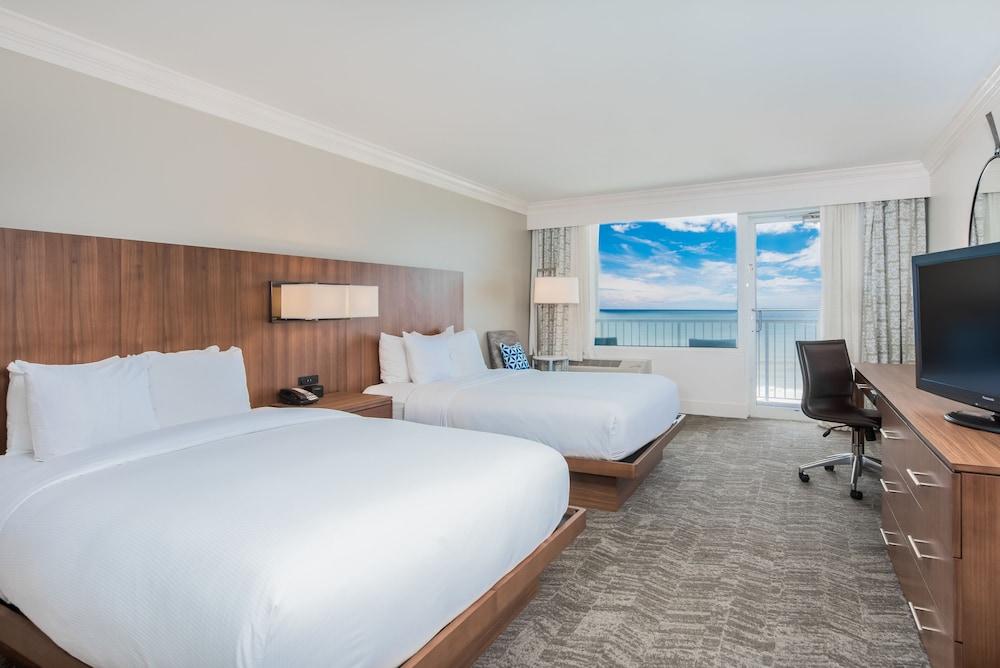 https://i.travelapi.com/hotels/1000000/910000/907700/907688/0d0b752f_z.jpg