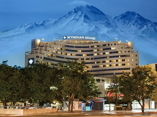. Wyndham Grand Kayseri