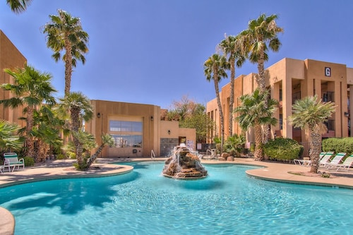 Emerald Suites at S. Las Vegas Blvd image 1