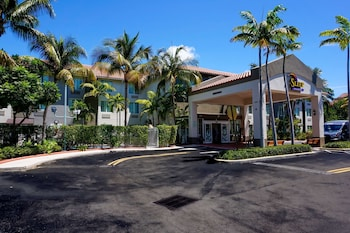 斯利普套房飯店 Sleep Inn & Suites Fort Lauderdale Airport