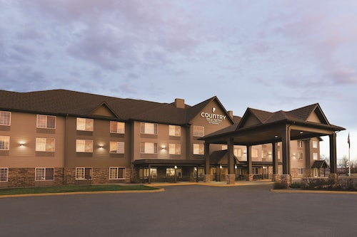 . Country Inn & Suites by Radisson, Billings, MT