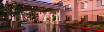 Holiday Inn Express Hotel & Suites Santa Clarita photo