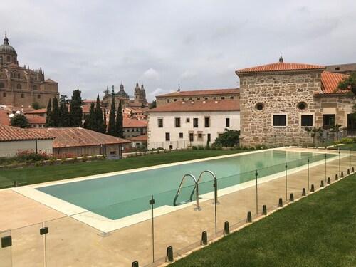 __{offers.Best_flights}__ Hotel Hospes Palacio San Esteban