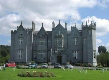 Kinnitty Castle Hotel
