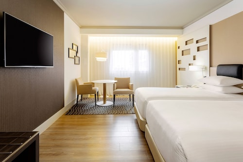 Madryt - Madrid Marriott Auditorium Hotel & Conference Center - z Gdańska, 30 kwietnia 2021, 3 noce