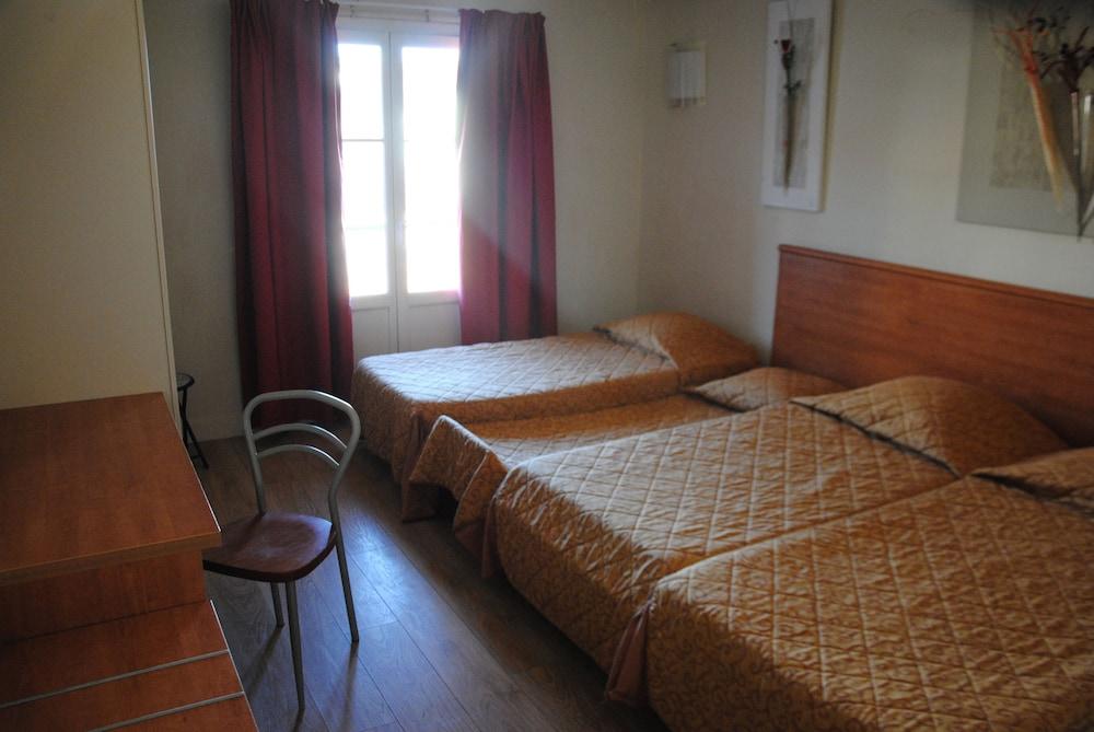 호텔 아주레아(Hotel Azurea) Hotel Image 4 - Guestroom