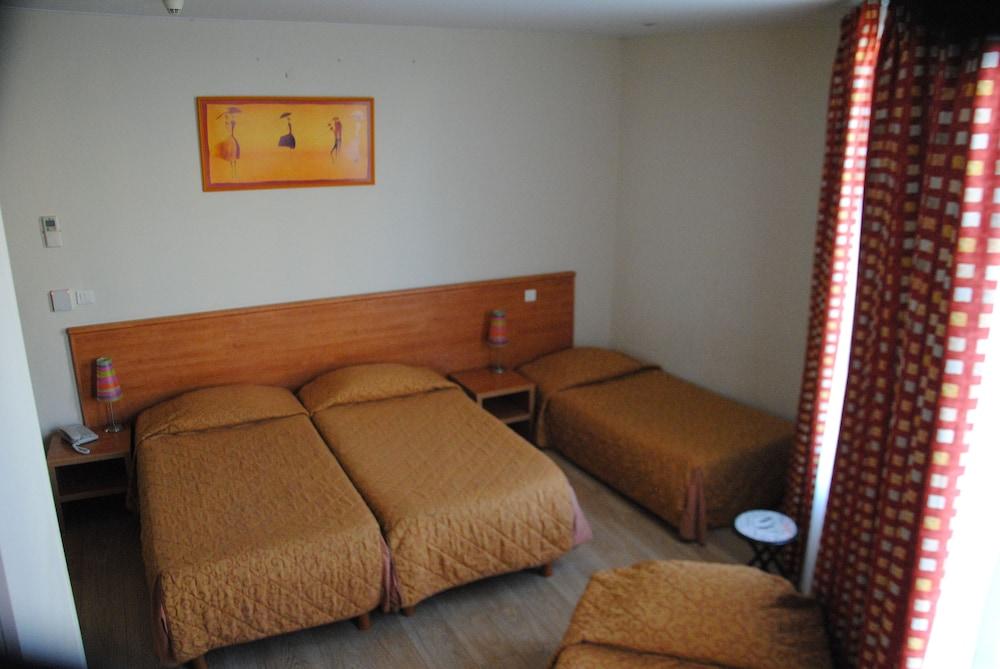 호텔 아주레아(Hotel Azurea) Hotel Image 12 - Guestroom