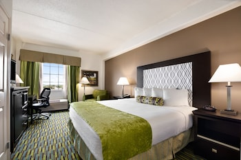 Hotel - Wyndham Garden Wichita Downtown