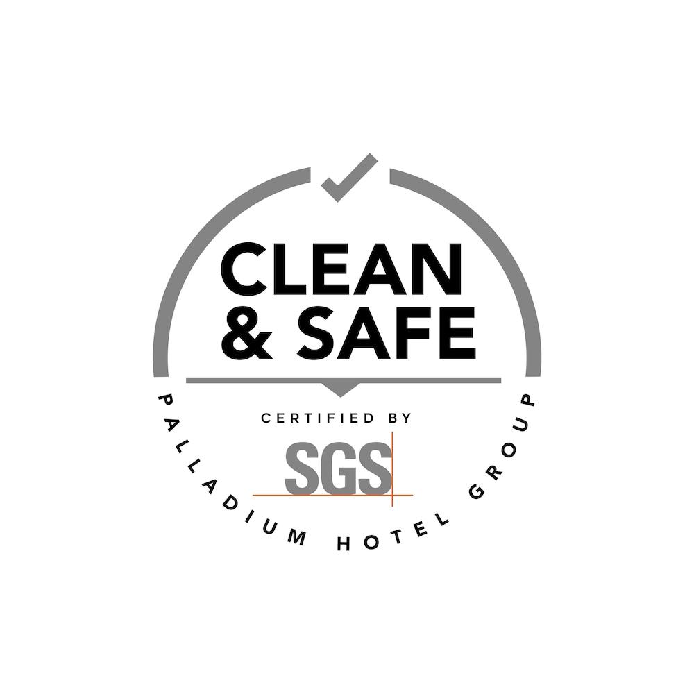 https://i.travelapi.com/hotels/1000000/910000/909400/909353/16e0089a_z.jpg