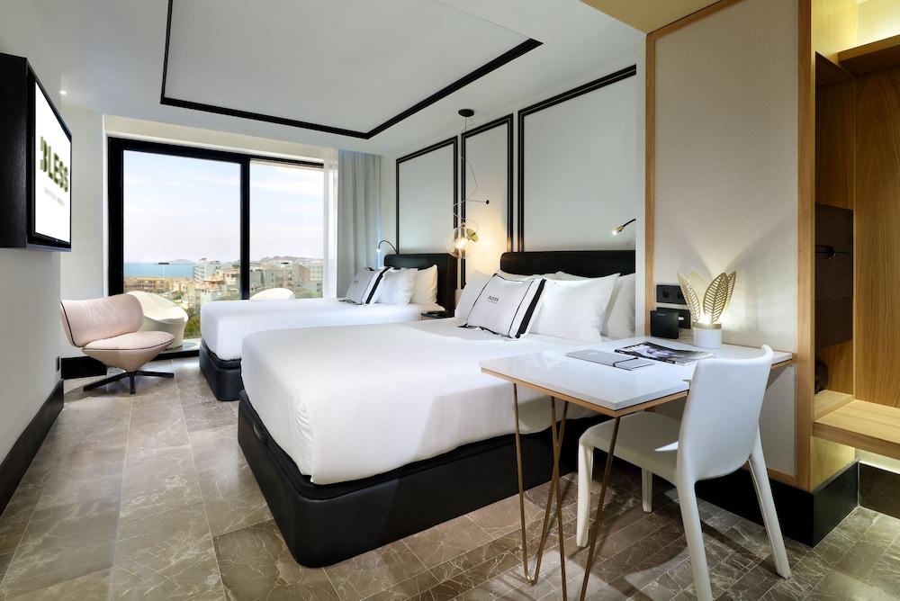https://i.travelapi.com/hotels/1000000/910000/909400/909354/bc08633c_z.jpg