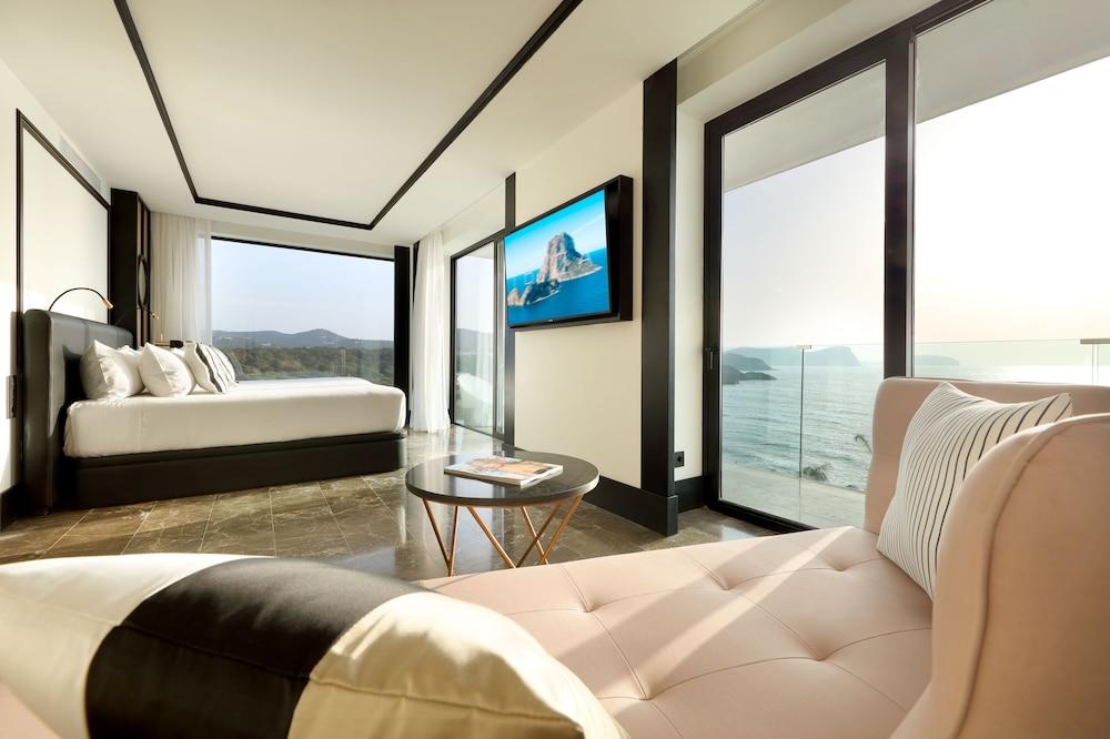 https://i.travelapi.com/hotels/1000000/910000/909400/909354/cb4dde2b_z.jpg