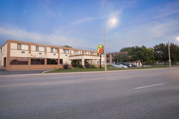 Hotel - Super 8 by Wyndham Sarnia ON