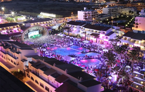 __{offers.Best_flights}__ Ushuaia Ibiza Beach Hotel