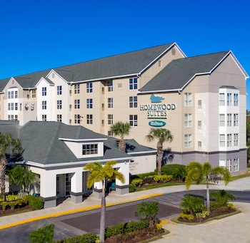 Homewood Suites by Hilton® Orlando-Nearest to Universal Studios
