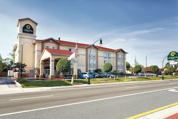 Hotel - La Quinta Inn & Suites by Wyndham Tampa Bay Area-Tampa South