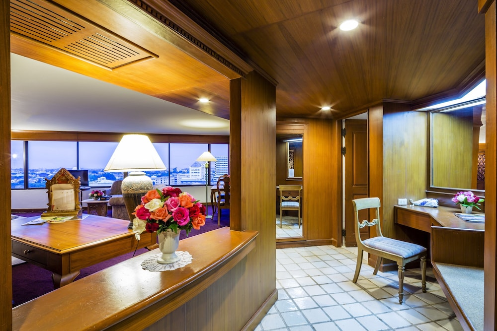 ロータス ホテル パン スアン ケオ (Lotus Hotel Pang Suan Kaew)