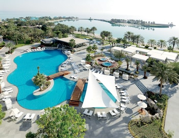 Hotel - The Ritz-Carlton, Bahrain
