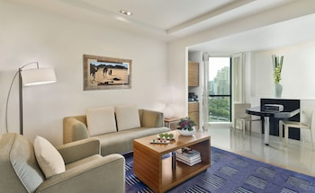 Club Suite, 1 Bedroom, Business Lounge Access