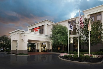 林登歡朋飯店 Hampton Inn Linden