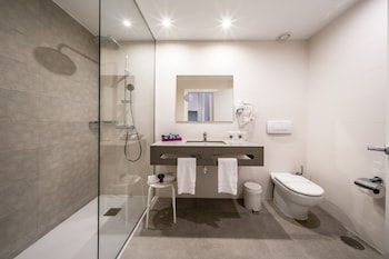 Albir Playa Hotel & Spa - Bathroom  - #0