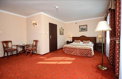 Hotel Zubrówka Bialowieza, Hajnówka
