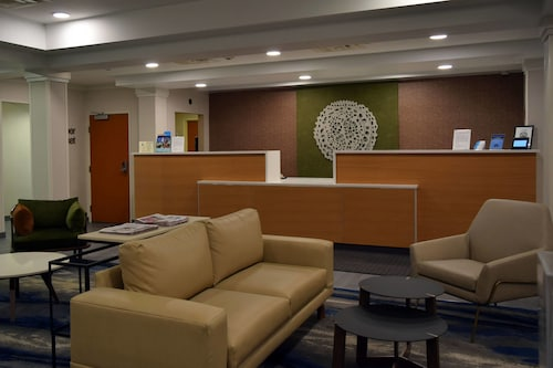 Fairfield Inn and Suites by Marriott Youngstown, Mahoning