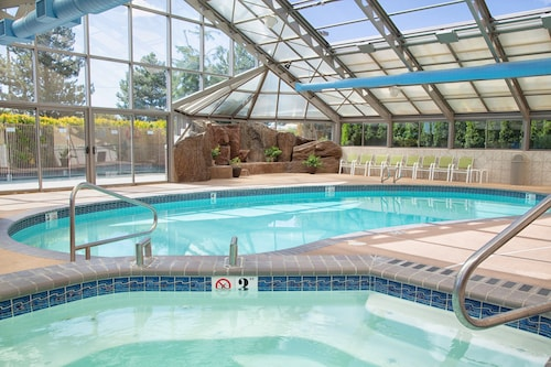 . Holiday Inn Express & Suites Richland, an IHG Hotel