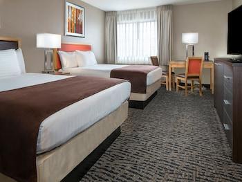 Guestroom at Arizona Charlie's Decatur - Casino Hotel & Suites in Las Vegas