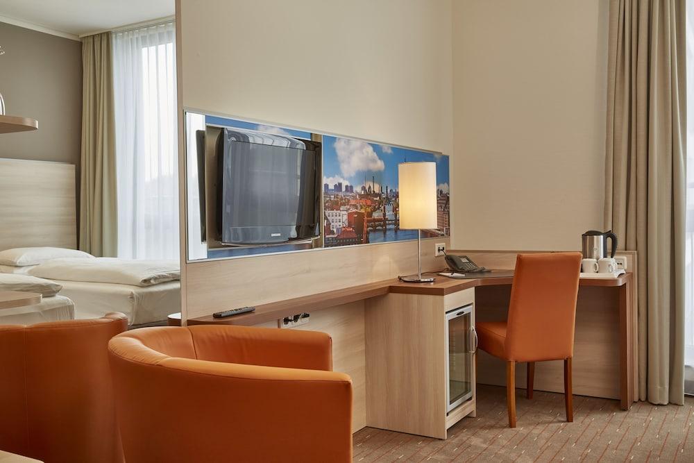 H+ 호텔 베를린 미테(H+ Hotel Berlin Mitte) Hotel Image 26 - In-Room Amenity