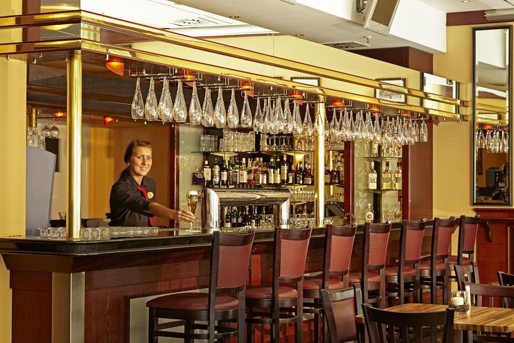 H+ 호텔 베를린 미테(H+ Hotel Berlin Mitte) Hotel Image 43 - Hotel Lounge