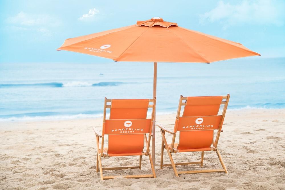 https://i.travelapi.com/hotels/1000000/920000/913900/913817/cc415b82_z.jpg