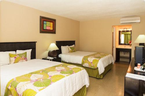 . Coco Beach Hotel