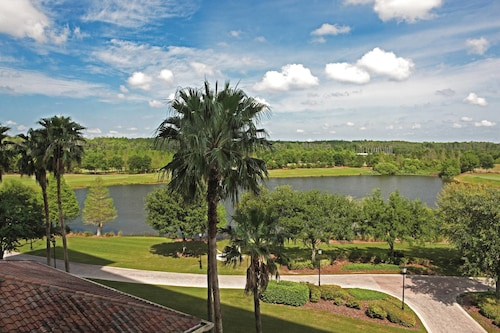 The Ritz-Carlton Orlando, Grande Lakes image 5