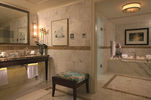 The Ritz-Carlton Orlando, Grande Lakes image 48