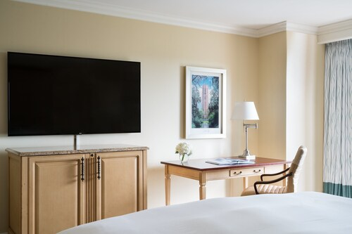 The Ritz-Carlton Orlando, Grande Lakes image 39