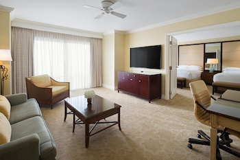 Executive Suite, 2 Queen Beds, Lakeside (Lake Front)