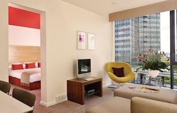 Suite, 1 King Bed (Master, Lounge Access)