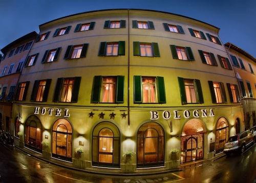 . Hotel Bologna