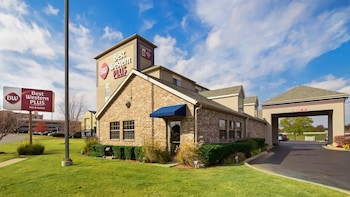 Hotel - Best Western Plus Tulsa Inn & Suites