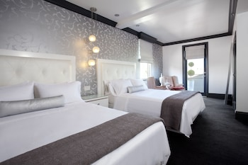 Double Room, 2 Queen Beds