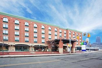 匹茲堡-南側智選假日飯店及套房 Holiday Inn Express Hotel & Suites Pittsburgh-South Side, an IHG Hotel