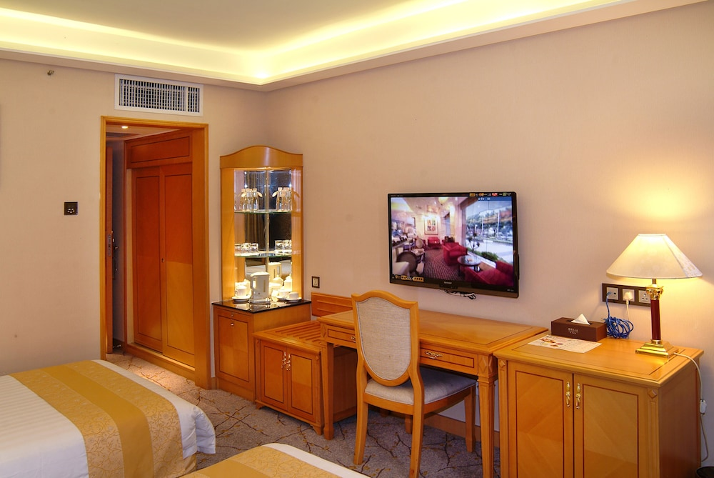 광둥 호텔(Guangdong Hotel) Hotel Image 21 - Living Room