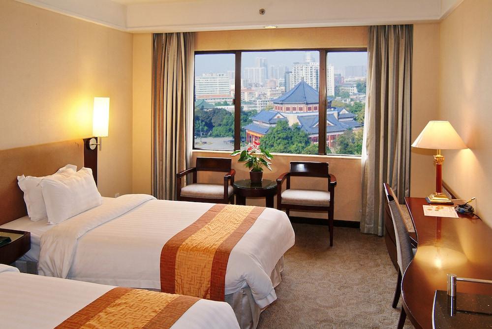 광둥 호텔(Guangdong Hotel) Hotel Image 24 - Living Room